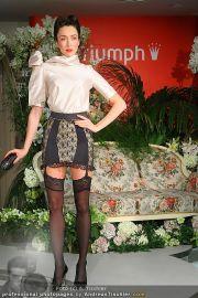 Modenschau - Triumph Store - Di 01.03.2011 - 60