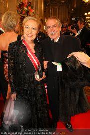 Opernball Red Carpet - Staatsoper - Do 03.03.2011 - 42