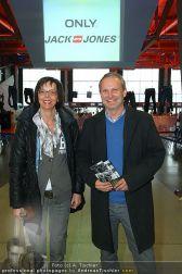 Airborne Denim - Airport Salzburg - Do 10.03.2011 - 21