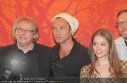 Jude Law bei 360-PK - Hotel Savoyen - Di 26.04.2011 - 5