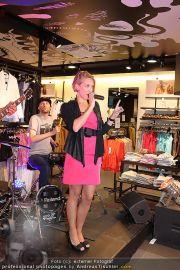 Shopping Night - Vero Moda Store - Do 05.05.2011 - 26
