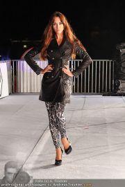 Glamour in White - Casino Velden - Fr 22.07.2011 - 123