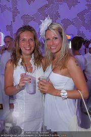Glamour in White - Casino Velden - Fr 22.07.2011 - 38