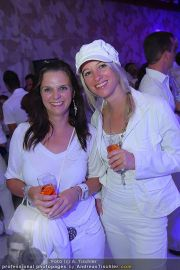 Glamour in White - Casino Velden - Fr 22.07.2011 - 46