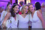 Glamour in White - Casino Velden - Fr 22.07.2011 - 53