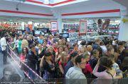 Alexandra Stan - Lugner City - Do 28.07.2011 - 9