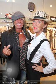 Charity Shopping - Hämmerle Modehaus - Mi 21.09.2011 - 16