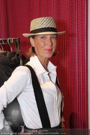 Charity Shopping - Hämmerle Modehaus - Mi 21.09.2011 - 27