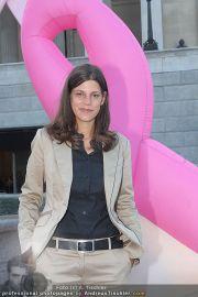 Pink Ribbon - Parlament - Mi 28.09.2011 - 12
