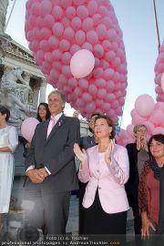 Pink Ribbon - Parlament - Mi 28.09.2011 - 16