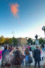 Pink Ribbon - Parlament - Mi 28.09.2011 - 2