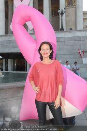 Pink Ribbon - Parlament - Mi 28.09.2011 - 28