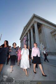 Pink Ribbon - Parlament - Mi 28.09.2011 - 39