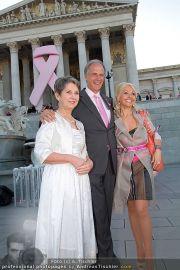 Pink Ribbon - Parlament - Mi 28.09.2011 - 51