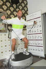 Thomas Muster - Power Plate - Mi 19.10.2011 - 12