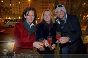 Charity Punsch - Motto am Fluss - So 27.11.2011 - 12