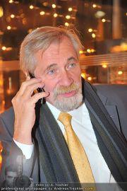Buchpräsentation - Summerstage - So 27.11.2011 - 23