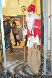 Late Night Shopping - Mondrean - Di 06.12.2011 - 16