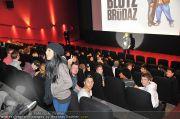 Bludzbrüdaz Premiere - Lugner Kinocity - Fr 16.12.2011 - 98