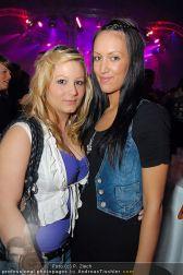 2 Years Paradise Club - Holzhalle Tulln - Sa 12.03.2011 - 14