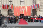 Romy Gala - Red Carpet - Hofburg - Sa 16.04.2011 - 12