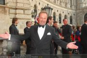 Romy Gala - Red Carpet - Hofburg - Sa 16.04.2011 - 19