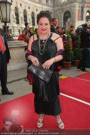 Romy Gala - Red Carpet - Hofburg - Sa 16.04.2011 - 22