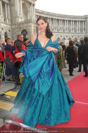 Romy Gala - Red Carpet - Hofburg - Sa 16.04.2011 - 32
