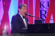 Romy Gala - Awards - Hofburg - Sa 16.04.2011 - 10