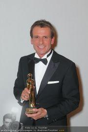Romy Gala - Awards - Hofburg - Sa 16.04.2011 - 34