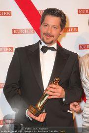 Romy Gala - Awards - Hofburg - Sa 16.04.2011 - 41