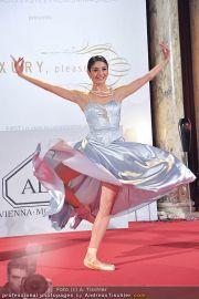 Luxury, please! 2 - Hofburg - Fr 18.11.2011 - 50