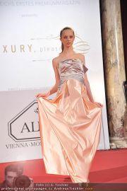Luxury, please! 2 - Hofburg - Fr 18.11.2011 - 67