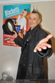 Arturo Brachetti - MQ Halle E - Mi 21.12.2011 - 7
