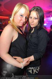 Kiss me Vienna - Praterdome - Fr 29.04.2011 - 18