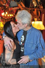 James Cottriall Birthday - Marchfelderhof - Mo 02.01.2012 - 21