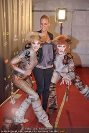 CATS Premiere - CATS Theaterzelt - Do 02.02.2012 - 46