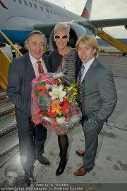 Brigitte Nielsen Ankunft - Flughafen Schwechat - Di 14.02.2012 - 13