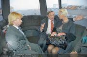 Brigitte Nielsen Ankunft - Flughafen Schwechat - Di 14.02.2012 - 15