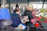 Brigitte Nielsen Ankunft - Flughafen Schwechat - Di 14.02.2012 - 34