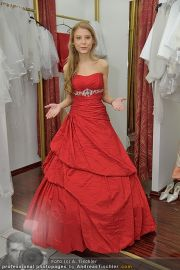 Opernball Shopping - Lugner City - Di 14.02.2012 - 18