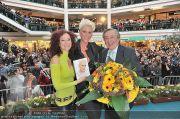 Autogrammstunde - Lugner City - Mi 15.02.2012 - 1