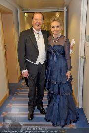 Lugner Fototermin - Hilton Vienna - Do 16.02.2012 - 13
