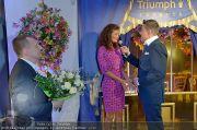 Helena Christensen - Triumph - Do 16.02.2012 - 11