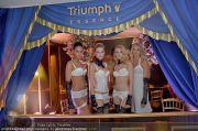 Helena Christensen - Triumph - Do 16.02.2012 - 86