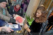 Helena Christensen - Triumph - Do 16.02.2012 - 87