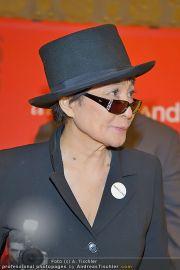 Yoko Ono PK - Hotel Sacher - Fr 02.03.2012 - 11