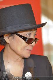 Yoko Ono PK - Hotel Sacher - Fr 02.03.2012 - 5