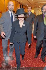 Yoko Ono PK - Hotel Sacher - Fr 02.03.2012 - 9