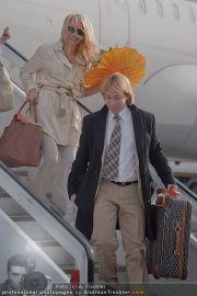 Pamela Anderson - Flughafen Wien - So 04.03.2012 - 11